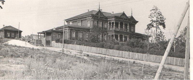 Дом Шатрова